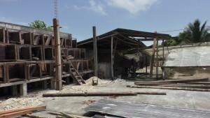 caisses de fermentation FONMSOEAM détruites par le séisme Crédits: AVSF